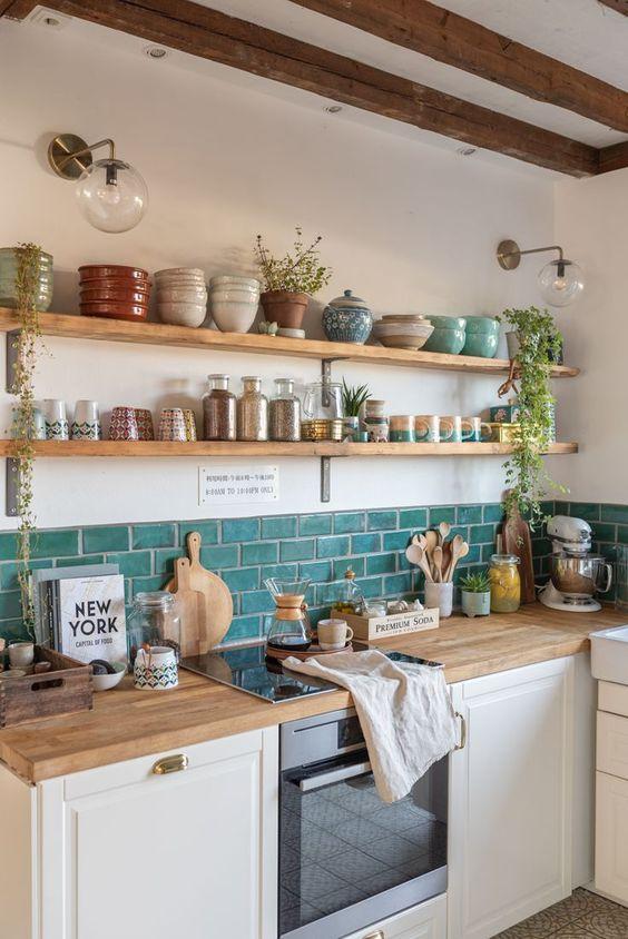 Dosseret rectangulaire turquoise pour le mur de la cuisine